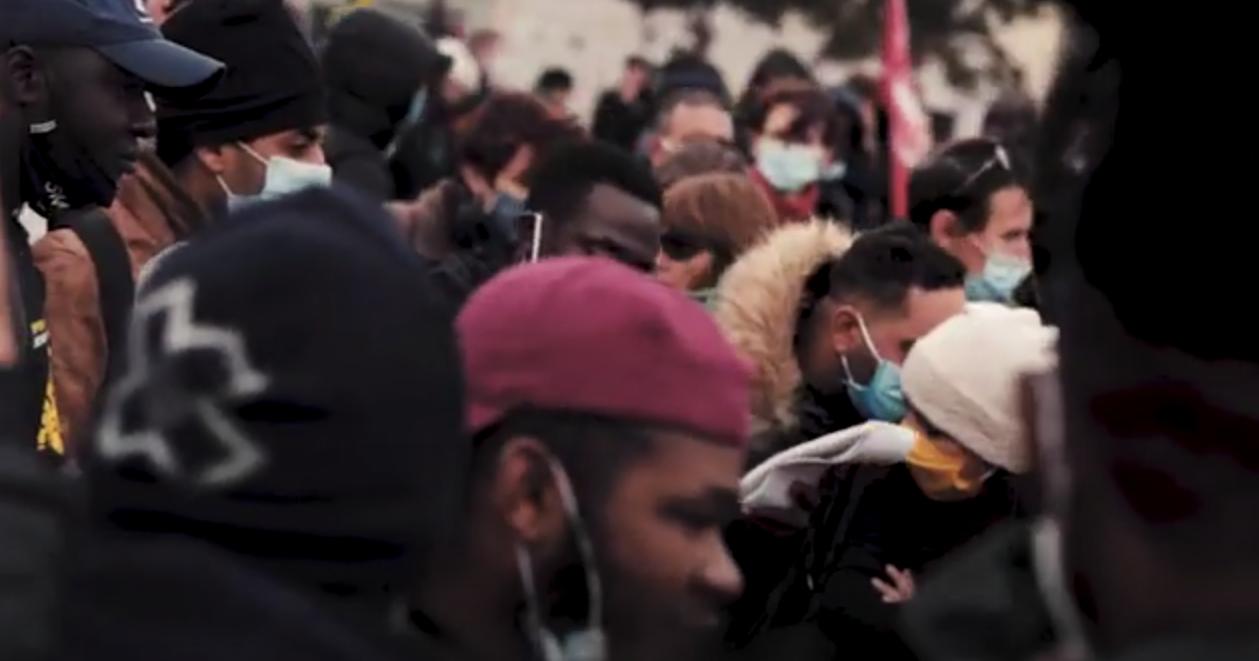 Passée par Amiens la Marche Nationale des sans-papiers réclame la régularisation de tous.tes (vidéo)